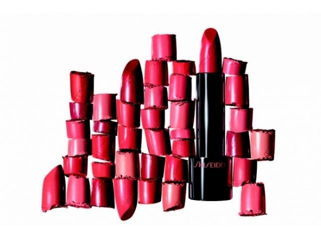 画像: その赤、ちゃんとあなたに合ってる?16色の赤から自分に似合う色が見つかるポップアップイベントに参加しよう