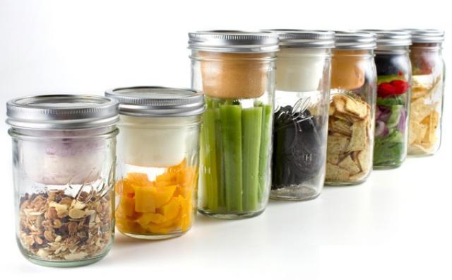 画像: メイソンジャーがお弁当箱に?容器の中をセパレートするアイテムが秀逸♡