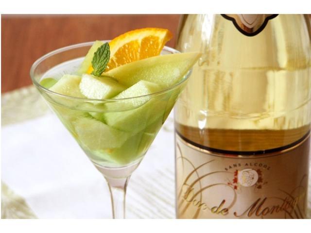 画像: カンタン4分!かき氷のシロップとノンアルコール・スパークリングワインでつくる大人版メロンソーダ!!