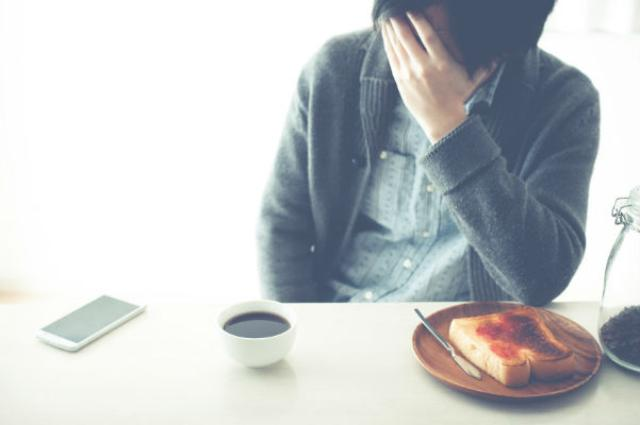 画像1: アルバイト求人情報サービス「an」が、人事・採用担当者のための情報サイト「anレポート」にて、パート・アルバイト従事者を対象に「アルバイトを無断で辞めた理由」「アルバイトの継続年数」などについて調査を行った。 パート・アルバイト従事者の実情を調査! anレポートが、アルバイト従事者1,000人を対象に「アルバイトを開始して間もない頃に無断で辞めた理由」について調査を行ったところ以下の回答が寄せられたという。 実際に、アルバイト先を無断で辞めてしまった人は全体の4%。 また、アルバイトを開始して間もない頃、無断で「辞めてしまった」「辞めたいと思った」と回答した人の理由第1位は「思ったより体力的にきつかった」だった。 初めからベテランと [...] irorio.jp
