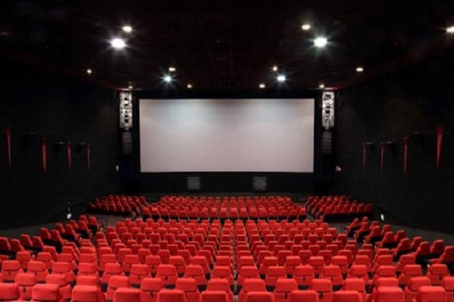 画像1: 「LIVE ZOUND(ライヴ ザウンド)」という新しい音響システムが、神奈川県の映画館で導入され話題となっている。 「『衝撃波』 音のカタマリがぶつかってくる」 その映画館は「川崎チネチッタ」。 全12スクリーンを有するシネコンで、今年の9月17日より8番シアターにて、この音響システムで『シン・ゴジラ』と『君の名は。』の上映を開始、導入初日より映画を見た人々から多くの反響が寄せられている。 ▼『君の名は。』の感想ツイート。 チネチッタ川崎にて『君の名は。』LIVEZOUND上映を観ましたっ。 迫力を身体で感じる。 劇伴も、環境音も、山びこも、静寂も。これまで感じてたのとは違う。 こんな音が鳴っていたのか! と思える劇場はなかなかな [...] irorio.jp