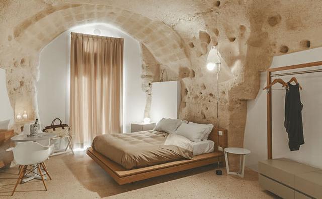 """画像: いつか泊まってみたい♪タイムスリップ気分が味わえるエキゾチックな""""洞穴ホテル"""""""