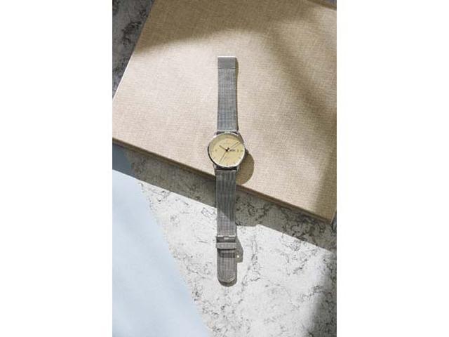画像: スウェーデン発!お洒落にキマるシャンパンゴールドの腕時計