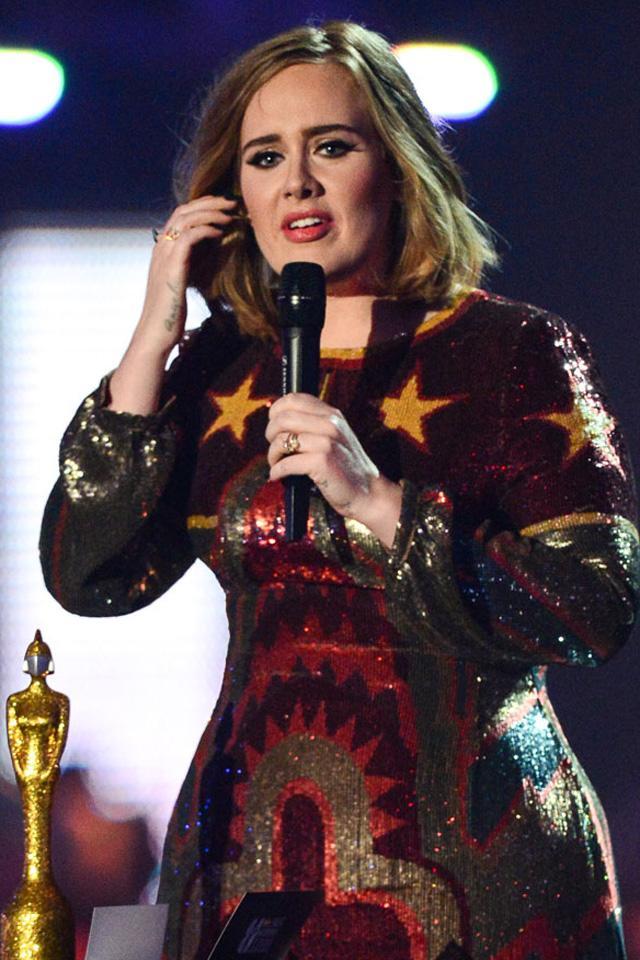 画像: アデル、『フォーブス』誌の2017年最も稼ぐグラミー賞候補ランキングで1位に!