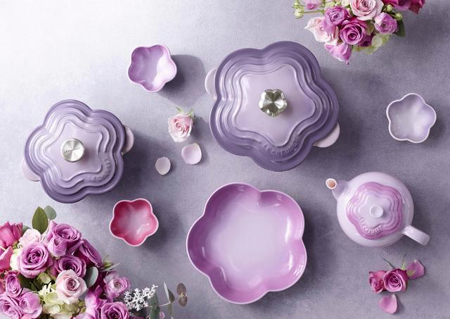 画像: ブーケをイメージした、ル・クルーゼの「2017 Flower Collection」が発売。