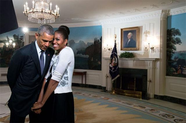 画像1: SNSで彼氏彼女からもらったプレゼント自慢の投稿が踊るなか、オバマ前大統領がTwitterに投稿した、奥様のミシェルさんへのメッセージが話題を呼んでいます。 2月14日に投稿されたツイートと写真 Happy Valentine's Day, @michelleobama! Almost 28 years with you, but it always feels new. pic.twitter.com/O0UhJWoqGN — Barack Obama (@BarackObama) 2017年2月14日 ハッピー・バレンタインデー、ミシェル!28年近く一緒に居るけれど、いまも毎日が新鮮な気分だよ。 このツイートが投稿された30分後 [...] irorio.jp