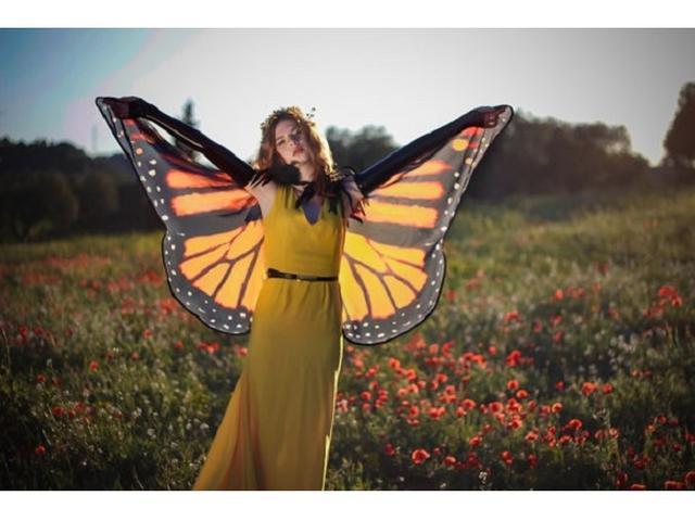 画像: 透け感が美麗すぎ!本物の蝶の羽みたいなケープ