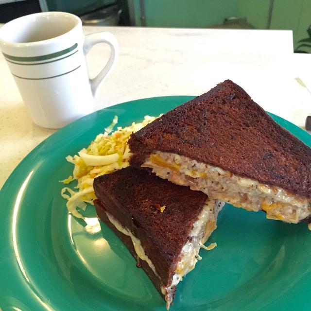 画像: お花見やピクニックに持っていきたい、おすすめのサンドイッチ。(Mayumi Numao)