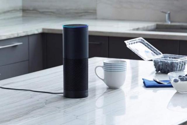 画像1: Amazon Alexaが搭載されたデバイスは初代の高機能スピーカー搭載のAmazon Echo、コンパクトなAmazon Echo Dotや持ち運び可能なAmazon Tapとありますが、今日はAmazon Alexaがキッチンで大活躍するシーンを取り上げてみました。冷蔵庫にある具材からレシピを提案してくれたり、キッチンに不可欠なタイマーや単位変換を使いこなしてみませんか? The post Amazon Alexaをキッチンで使いこなす。お買い物リストへの追加や献立のお勧めもしてくれます! appeared first on Spotry.me. spotry.me