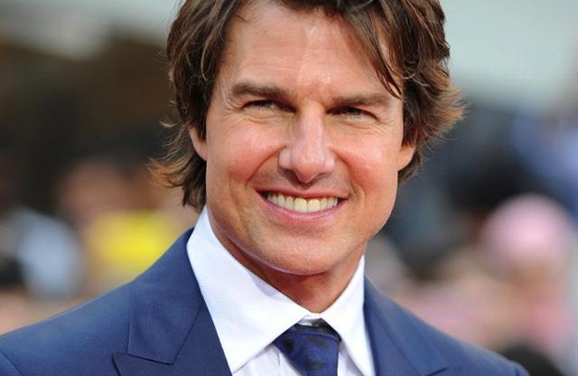 画像1: 以前から映画ファンや関係者の間で、1986年に大ヒットしたあの映画『トップ・ガン』の続編が制作されるらしいという噂があった。 最近まで、それについて確証は無かったが、今月23日、主役マーベリックを演ずるトム・クルーズが、噂が真実であることを認めた。 オーストラリアのTVショーで クルーズ氏は、23日、オーストラリアのTVショー「サンライズ」に出演。司会者とのやり取りの中で話題が『トップ・ガン 2』に行った際、次のような発言をした。 「あのさ、知ってる? それの撮影が始まると思うんだ、おそらく来年から。これを言うのはあなた(司会者)が初めてだよ。でも、聞かれたからには答える、それ(続編映画)は現実になるよ」 2008年頃からの噂 続編 [...] irorio.jp