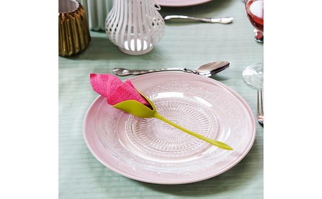 画像: 食卓が一瞬で華やかに!ペーパーナプキンをお花に変身させるナプキンホルダーが優秀