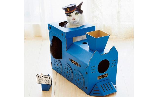 画像: 出発進行ニャ!「フェリシモ猫部」のつめとぎ付き「にゃんこ専用機関車ハウス」がラブリー♪