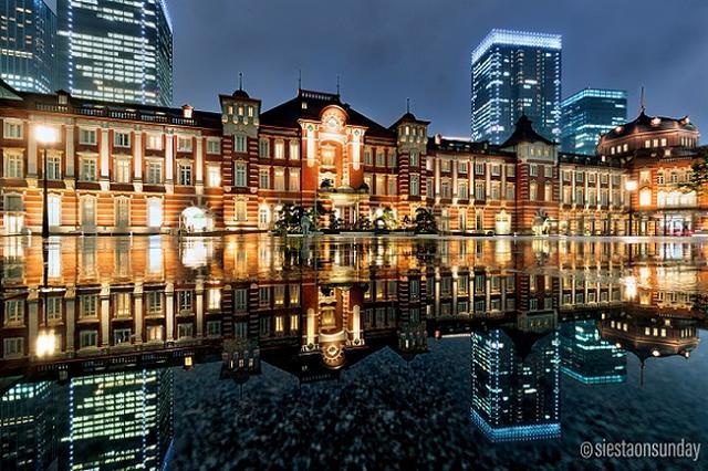 画像: 【写真家に取材】雨の日限定、東京駅の「水鏡写真」がステキすぎる!