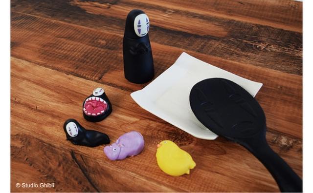 画像: 「カオナシ」のしゃもじや醤油差しも!『千と千尋の神隠し』のテーブルウェアに癒される♡