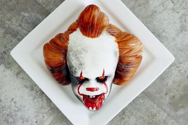 画像: 「恐怖のピエロ」をケーキで再現する動画が話題!過去にはポケモンも