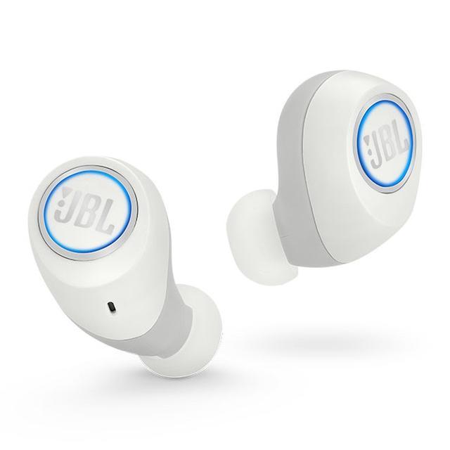 画像: JBLから完全ワイヤレスイヤホン『JBL FREE』が登場!片耳だけでも使える機能が意外と便利そう♪