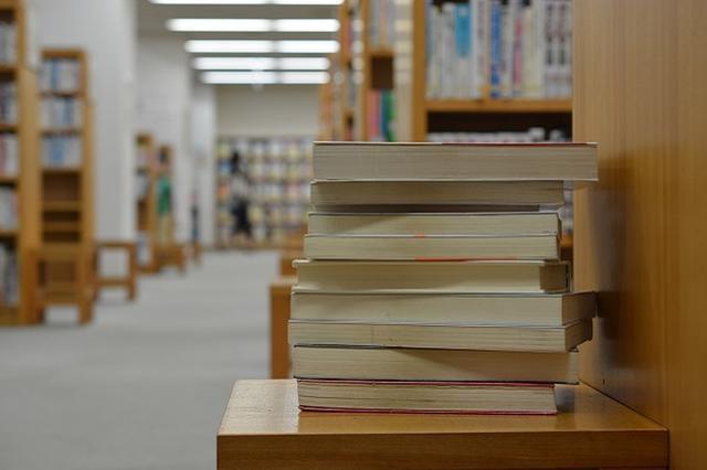 画像: 出版社社長が「図書館での文庫本貸出中止」を要請と報じられ物議に