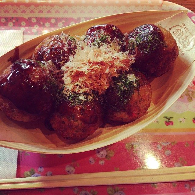 画像: 実はたこ焼きが大好きです♡  #TAKOYAKI #たこ焼き #銀だこ #love #yummy #これから出張 instagram.com