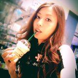 画像: Caramel Frappucino on coffee cream  #starbucks #caramel #frappucino instagram.com