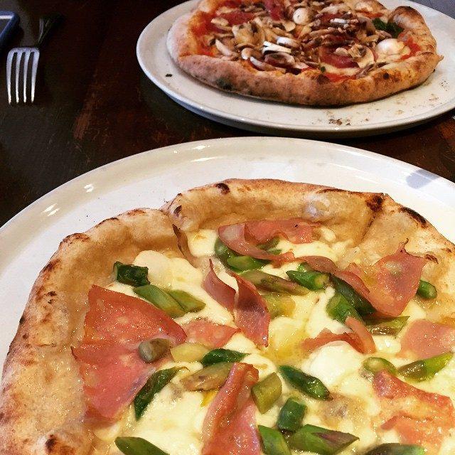画像: 病み上がりピッツア 胃に優しく、私に優しく。 #ピッツエリア #ピザ #目黒 #チーズ #窯焼き instagram.com