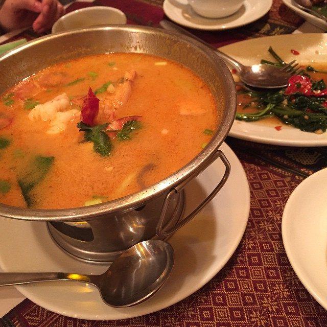 画像: 二次会がタイ料理☆ 暑い、熱い、ヒーハー #タイ料理 #タイ #トムヤンクン #空芯菜 #渋谷 #ドラクエ instagram.com