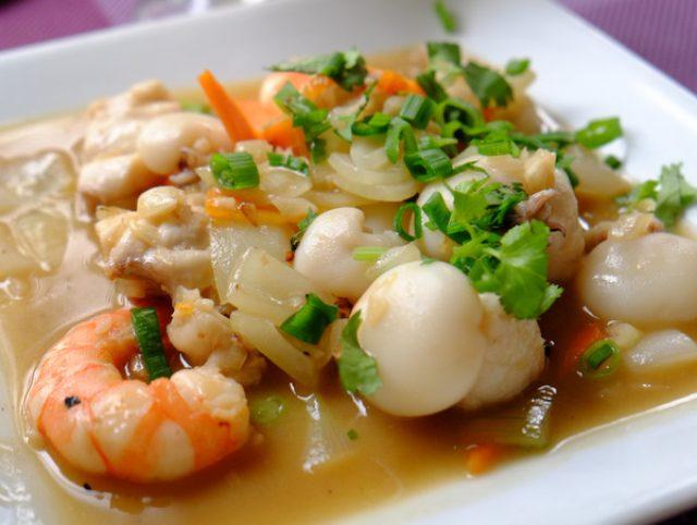 画像: 「ニューカレドニア ベトナム料理&天使の海老 Along Beach」