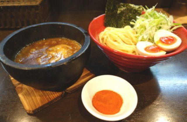 画像: 辛味噌煮干 らーめん・つけ麺 六 新メニュー辛味噌煮干つけ麺7月1日より発売@渋谷・神泉