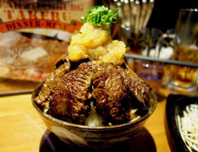 画像: 大阪で人気の1ポンドのステーキハンバーグ タケル 秋葉原店7月3日よりOPEN