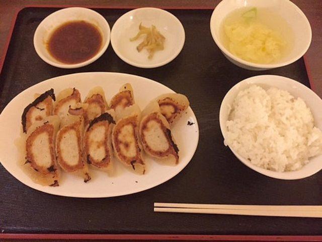 画像: 大阪餃子通信:神戸三宮『紅葉園』で味わう中国東北部の餃子