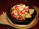 画像: チーズ好きにはたまらない名物オランダ風ハンバーグ! 東京都 「モンブラン 吾妻橋店」