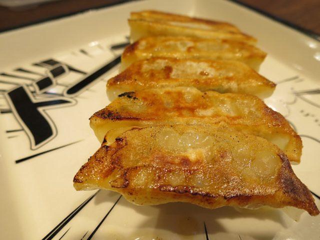 画像: 【タレコミ情報・麻布十番】鶏そばが人気の156(ICHIKORO)で餃子を「ドーン」と食べてみた