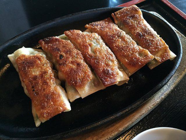 画像: 【荏田】紅虎餃子房インスパイアな「鉄龍山」の韮鉄餃子は週末セットがお得