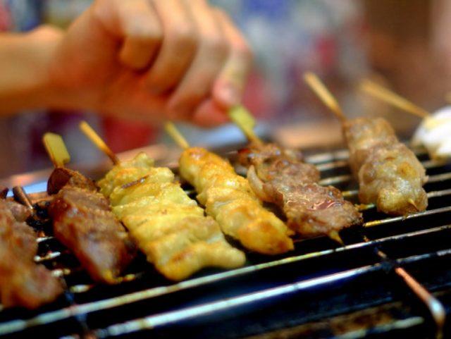 画像: 「中野 酒蔵ゴエモンの名物煮込み、ふじのくにいきいき鶏やきとり」