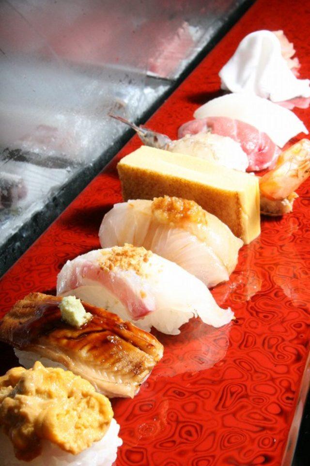 画像: JAL×はんつ遠藤コラボ企画【南紀白浜編】3日め・寿司(幸鮨)