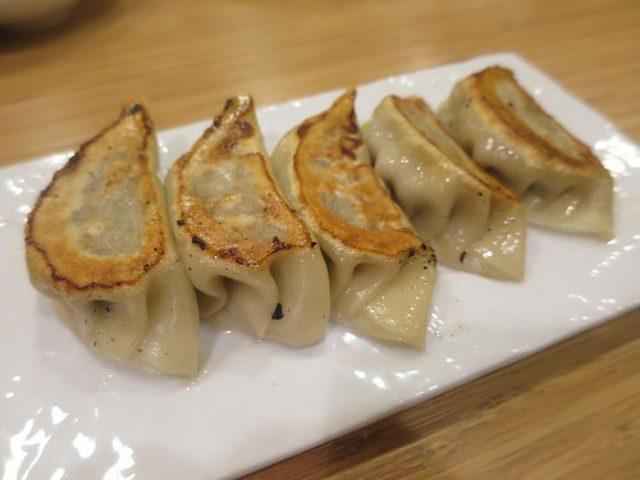 画像: タレコミ情報【新宿】モノマネ芸人ダンジーさんのファンタジーな餃子が食べられる店