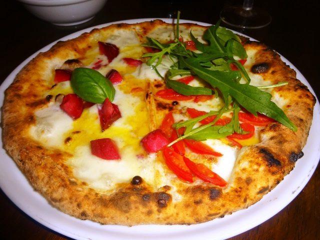 画像: パルテノペ恵比寿店で素晴らしいピッツァランチ!
