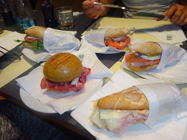 画像: ミラノのランチは行列店でディナーはミラノでカラブリア料理!