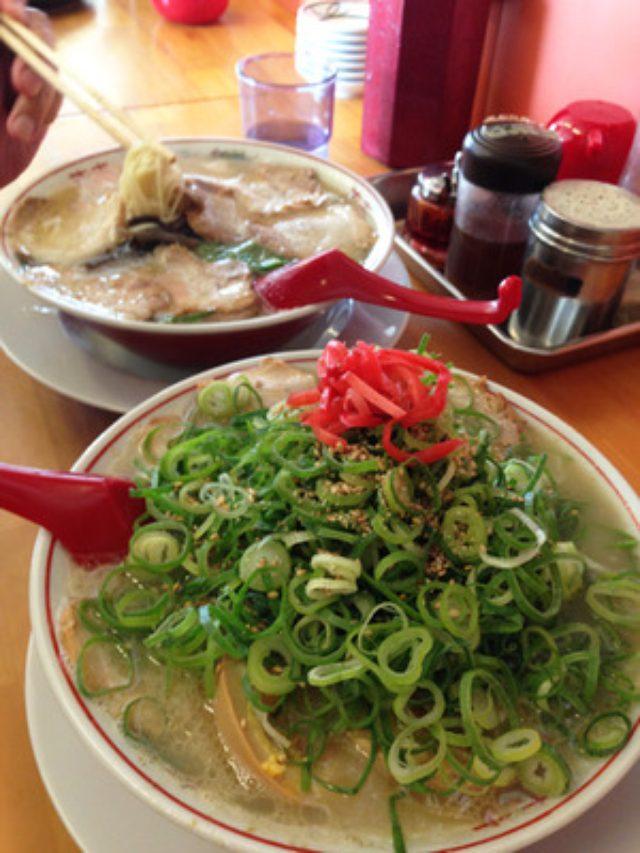 画像: 【福岡】ネパール人もビックリの辛さのヤギ肉カレー♪@インド料理シリーラックシミ