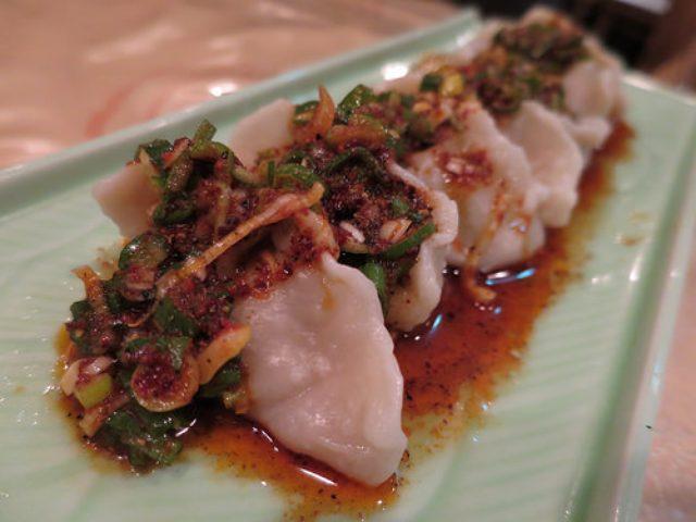 画像: 【九段下】花椒の刺激が嬉しい「逸品坊(イッピンファン)」の本格麻婆豆腐と麻辣水餃子