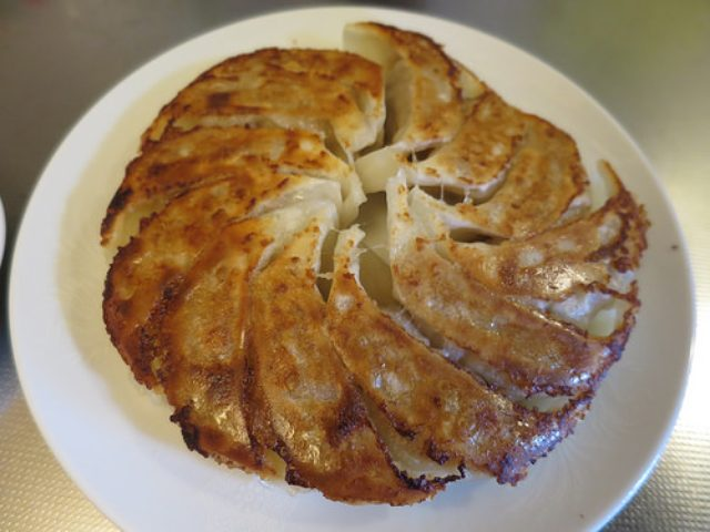 画像: ベルギー発のセラミックコーティングフライパン「GreenPan」をいただいたので餃子を焼いてみた