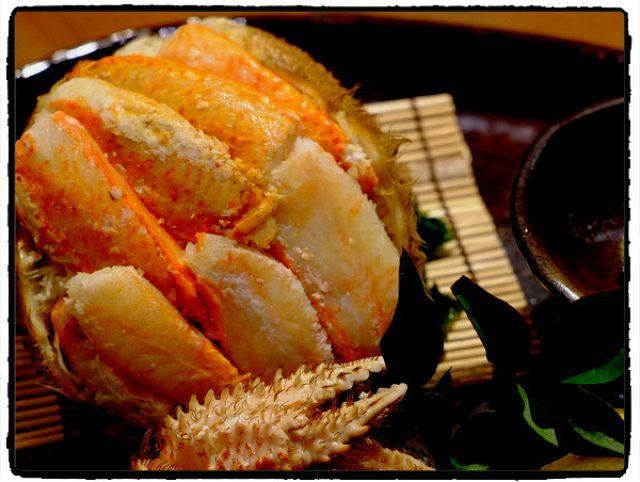 画像: 「秋葉原・末広町 旬菜ダイニング 魚や藤海(ふじみ)の蟹の甲羅詰め、鰤生ハム」
