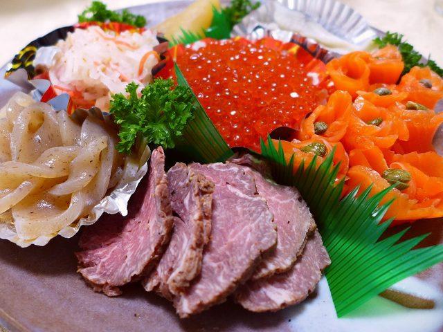 画像1: 毎年1月2日は実家に新年の挨拶に行って、一日中食べまくりながら飲み倒すのが恒例となっていますが、今年はちょっと変則で、3日に行ってきました(^^(゚Д゚)ウマー!(゚Д゚)ウマー!うま~~~い!!毎年同じような感じで代わ... emunoranchi.com