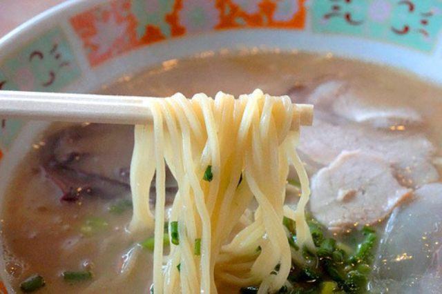 画像: 【福岡】昭和レトロ店の美味しい豚骨♪@博多ラーメン 良嘉朗(よかろう)