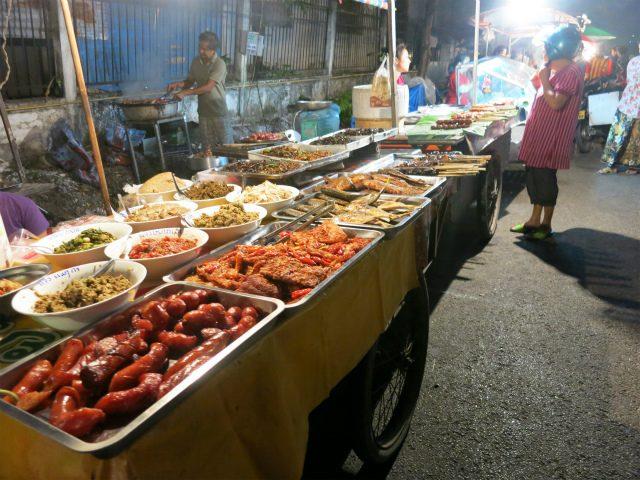 画像: Ban Anou Night Market - ラオス ビエンチャン