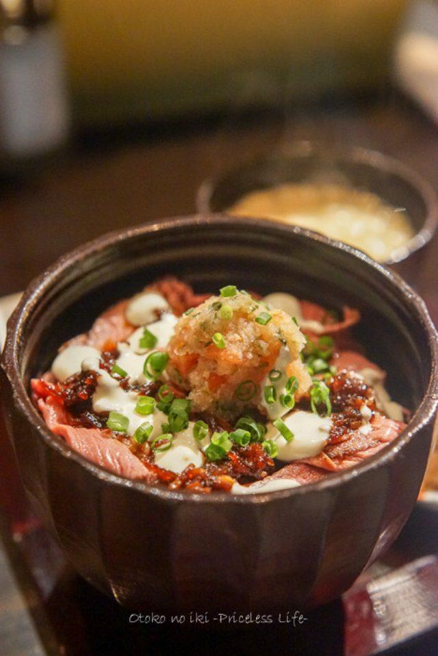 画像: アヂト (駒沢)ローストビーフ丼を食す