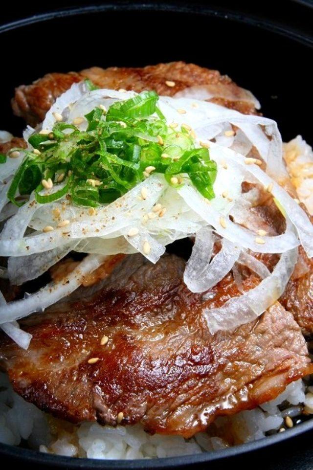 画像: JAL×はんつ遠藤コラボ企画【南あわじ市編】1日め・淡路牛焼肉丼(イングランドの丘)