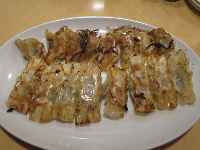 画像: 【新橋】東京で食べられる味噌ダレ神戸餃子「楽」でサクッと一杯