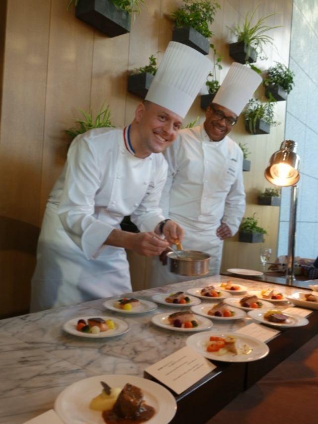画像: エールフランス航空 ビジネスクラスのお料理をテイスティング