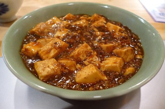 画像1: 本日のランチは北区天神橋1丁目にある中華料理屋さん「宇宙家族」に行きました。インスタグラムでこちらのお店の麻婆豆腐の画像を発見して、どうしても食べてみたくなって行ってきました!インスタグラムは美味しい情報の宝庫です(^^... emunoranchi.com