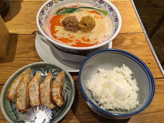 画像: 名古屋で餃子難民になった私を救ってくれた「FARO」
